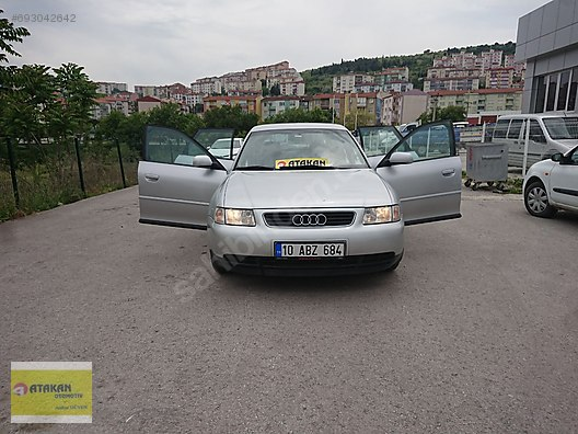 Vasıta / Otomobil / Audi / A3 / A3 Sportback / 1.6 / Attraction