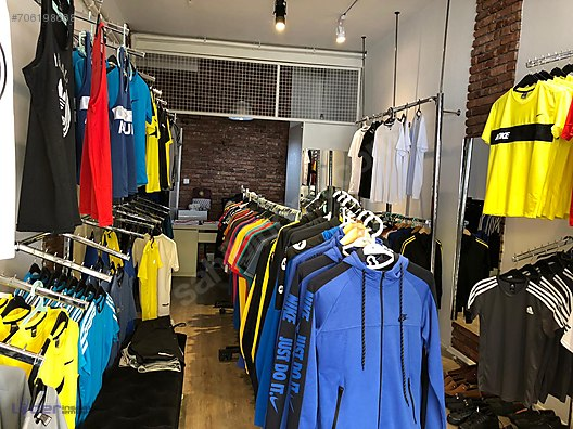 Emlak / İşyeri / Devren Satılık / Giyim Mağazası