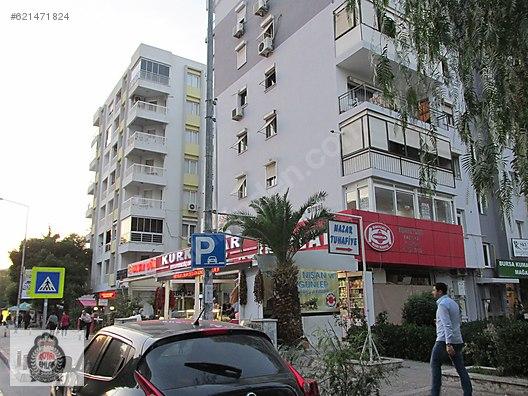 Bornova Özkanlar Migros Yanı Cadde Üzeri 3+1 130 m2 Kiralık Ofis
