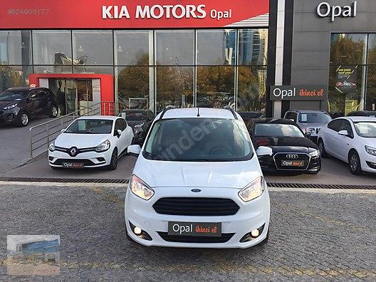 Vasıta / Minivan & Panelvan / Ford / Tourneo Courier / 1.5 TDCI Titanium
