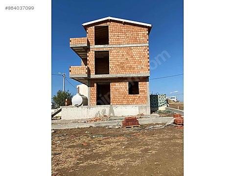 Üç katlı kaba inşaat acil satılık