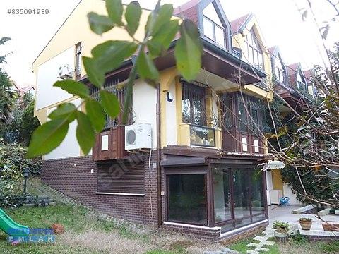 Bahçeşehir'de 4+2 B tipi Büyük Bahçeli 275 m2 Köşe...