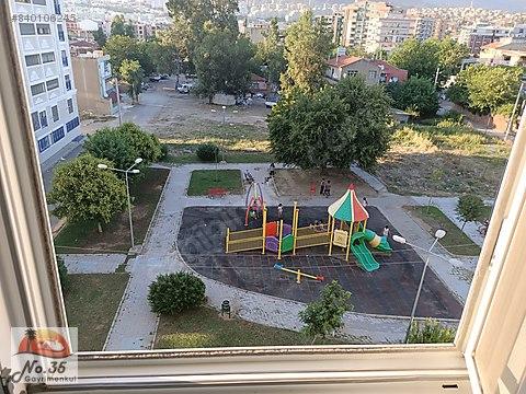 Karşıyaka Yalı Mahallesinde Satılık Metro Yakını...