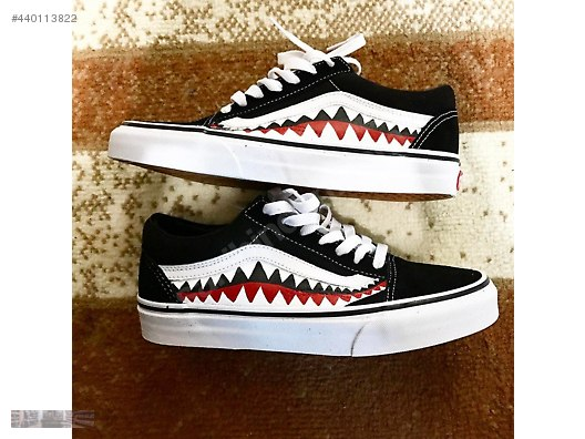 ce2ed206527 VANS OFF THE WALL X BAPE SHARK TOOTH CUSTOM MADE SKATING SNEAKER