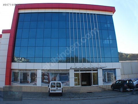 GÜNGÖREN MERTER DE MERKEZİ LOKASYONDA 4200m2 KOMPLE...