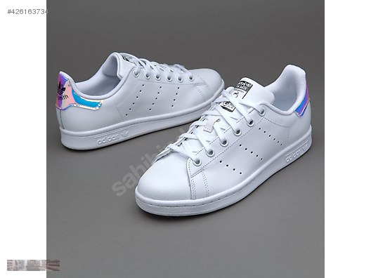 new style 49c2f 79792 Casual Shoes / ADIDAS STAN SMITH IRIDESCENT WHITE ...