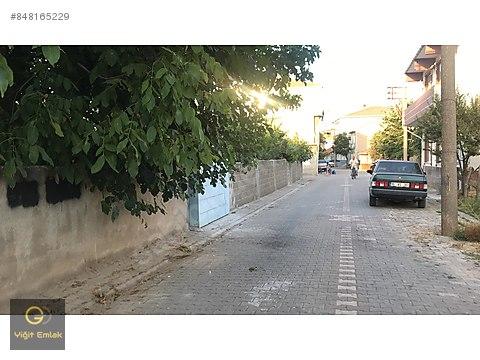 Gönen Karşıyaka Mahallesinde İnşaatlık Merkezi...