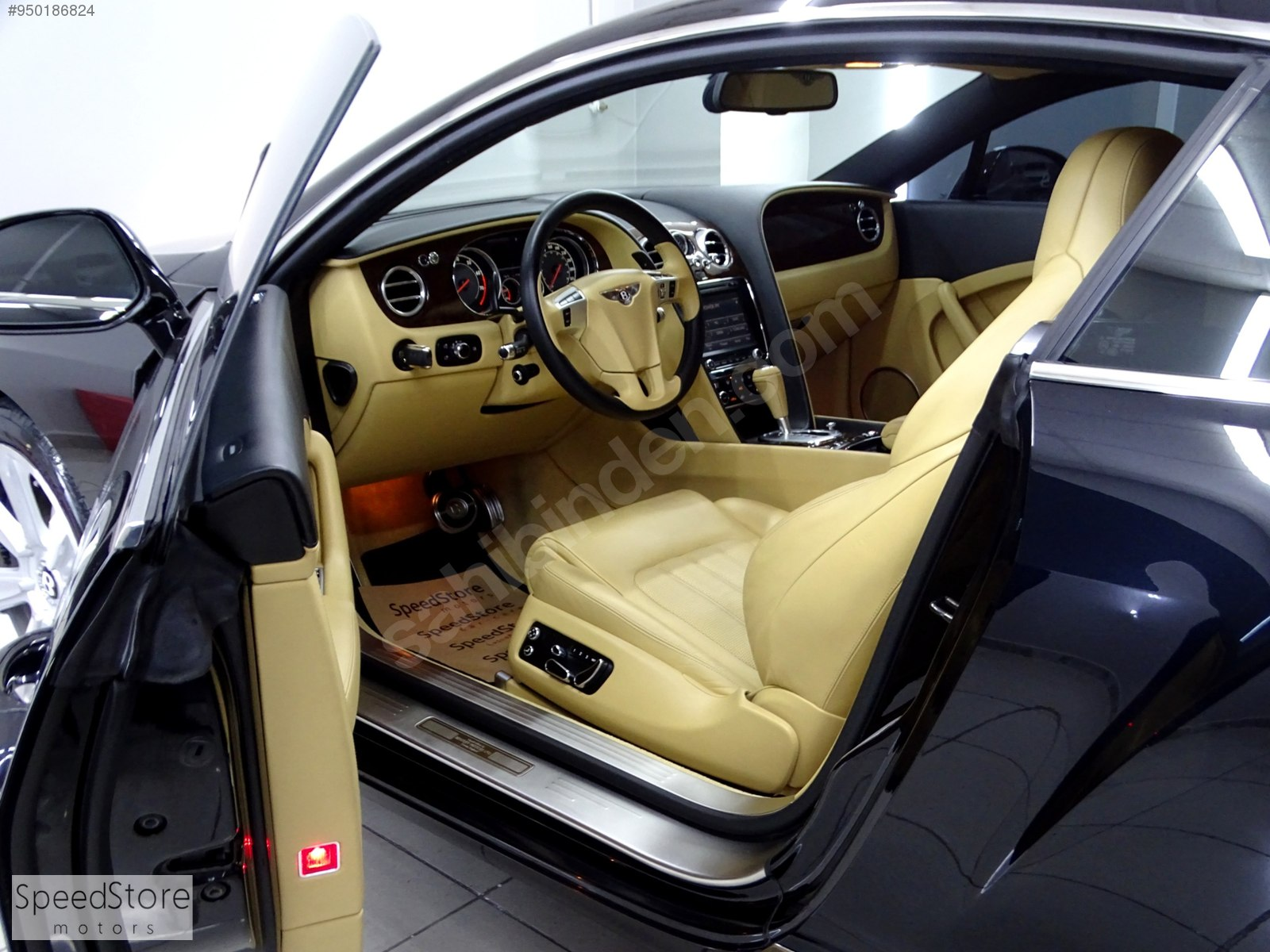 BOYASIZ 47BİN KM BENTLEY CONTİNENTAL GT V12 BAYİİ+570HP+AIRMATIC