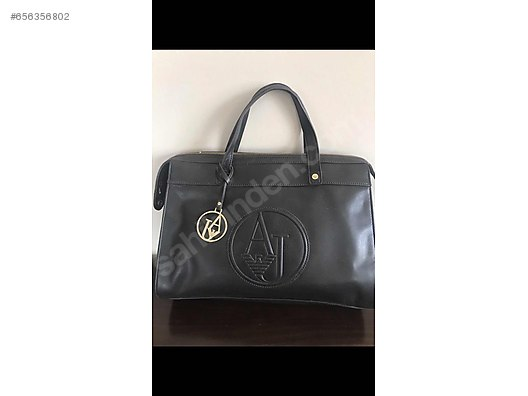Armani marka bayan çanta - Armani Jeans Bayan Modelleri sahibinden ... 678815610734a
