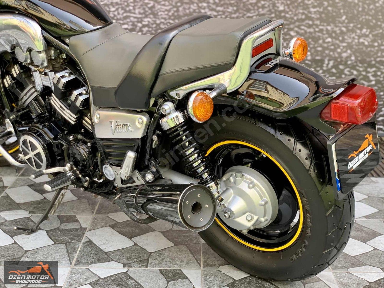 Yamaha Vmax 1997 Model Naked / Roadster Motor Motosiklet