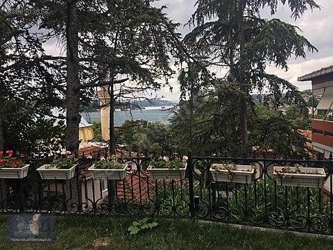 Yeniköy de Manzaralı,Bakımlı,Keyifli Bahçe Katı