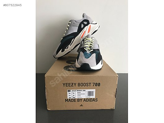 e791a516e83c8 Casual Shoes   Adidas Yeezy Boost 700