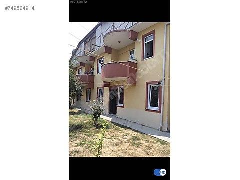 Serdivan Hızırilyas ta 450 m2 arsa içinde 2 bitişik...