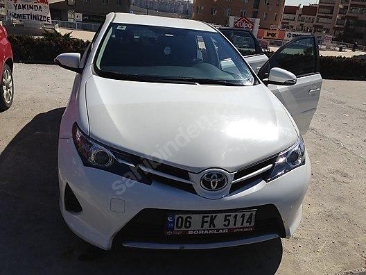 Toyota Auris 133 Life 28000 Km De Temiz Araç Sahibinden