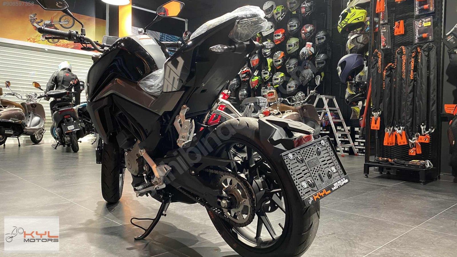 CF Moto prepara-se para lançar uma naked V-twin de 1000 cc