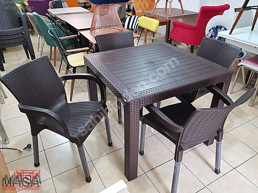 90x90 Plastik Rattan 1 Masa 4 Sandalye Bahce Cafe
