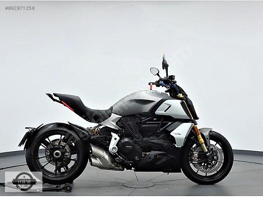 Ducati Diavel 1260 S 2020 Model Naked / Roadster Motor